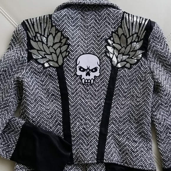 Unique Bebe Black and White knitted Jacket